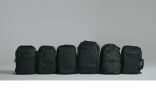Collection de sacs Manfrotto Advanced 2 - Reliable and functionnal The Advanced² collection is reliable and functional with a new touch of urban style. These bags are very easy to use on the go: new tripod holders, new divider system, pockets and rain covers, all designed with great attention to photographers' needs, both in terms of practicality and portability. Advanced bags are made with iconic style credentials and Italian design.  - Functional, durable, lightweight, and stylish bags - New urban style - The perfect match for Advanced Befree tripods thanks to the innovative tripod attachment. - 6 types of backpacks to meet all photographers needs and preferences of use.  - 14 types of bags and 14 ways to stay comfortable and keep equipment safe while enjoying photography. - Built of high-quality materials to be durable, rugged and lightweight. The detailing and aesthetic impact perfectly embody Manfrotto's Italian heritage.