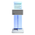 SPEEDLAB MINI - Standing on the counter or supported by one foot, this photo kiosk ultra-compact suits in all the spaces thanks to its uncluttered look and its floor surface of only 0.40m ²!  Speedlab Mini®, it is also a machine connected for an intuitive and fast customer experience. No screen, no need to download another application, it is enough to connect to the WIFI network of Speedlab Mini®. Photos are selected thanks to the smartphone. The payment makes online and the printing is immediately launched!